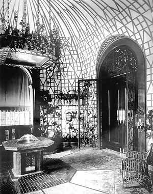 Porche o Portal del sol. Detalle de la casa de Juan Pedro Baró y Catalina Lasa.