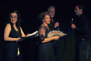 Yvonne López Arenal, Miriam Bermúdez, Carlos Rodríguez y Oswaldo Córdoba. Foto: Pedro Portal. El Nuevo Herald.