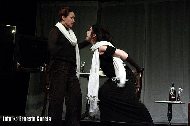 Miriam Bermúdez e Yvonne López Arenal. Foto: Ernesto García.