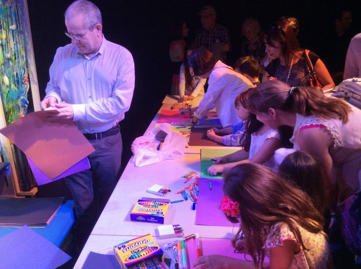 """Taller """"Los niños dibujan la obra"""". Foto: Antonio O. Rodríguez."""