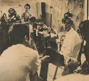 Julio Riera en los talleres del teatro Tilingo.